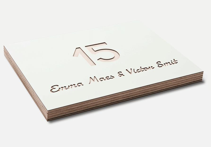 Wit Naambord van hout - Naambordje van hout - Naamplaatje van hout