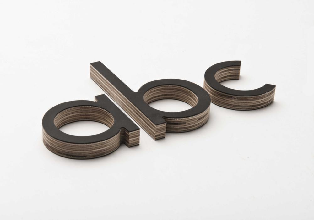 Houten letters voor signalisatie & bewegwijzering